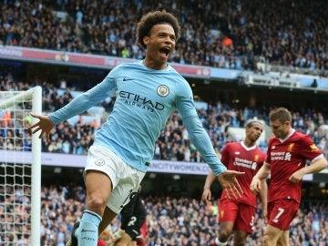 Leroy Sane celebrando un gol con el City