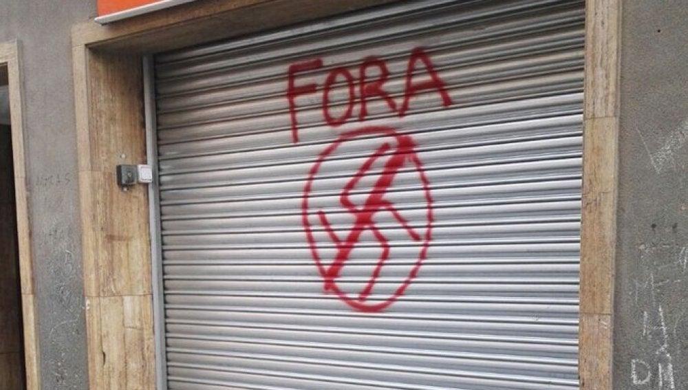Pintada en la sede de Ciudadanos en Montcada