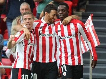 Los jugadores del Athletic celebran uno de los goles contra el Girona