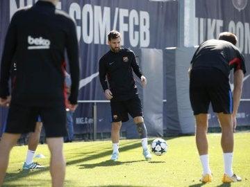 Messi, en un entrenamiento con el Barcelona