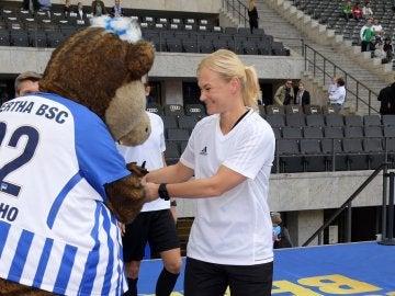 Bibiana Steinhaus, antes del Hertha - Werder Bremen