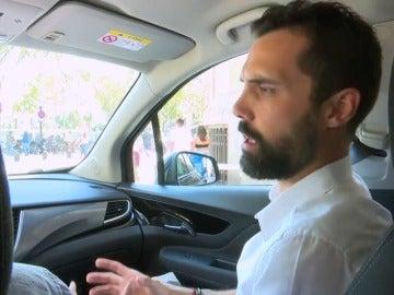 En el coche con un concejal del PP y un alcalde de ERC