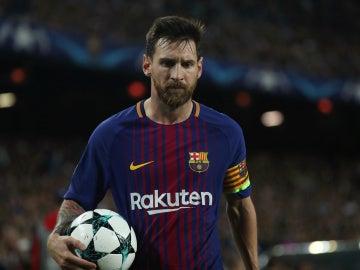 Messi durante un partido en el Camp Nou