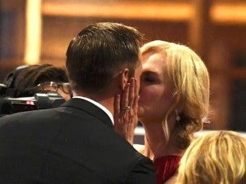 El beso de Nicole Kidman y Alexander Skarsgård en los Emmy