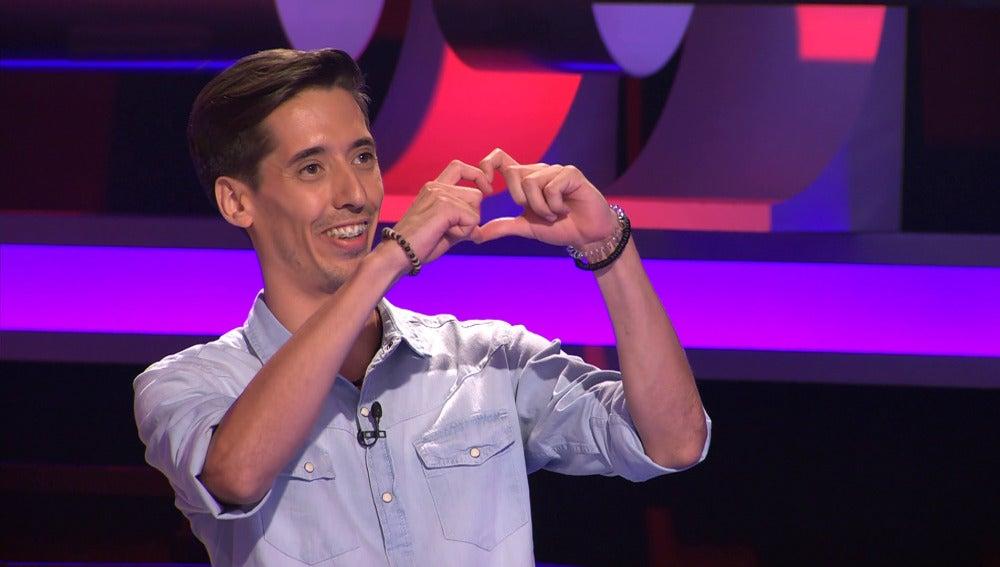 Concursante seduce a Arturo Valls con su rap