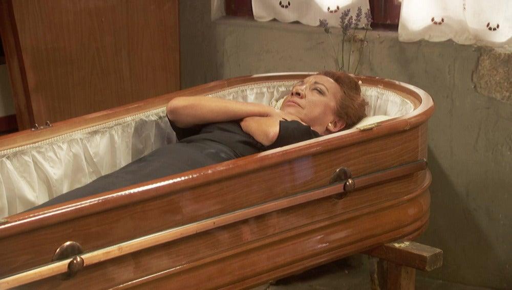 """Dolores: """"Estoy ensayando mi entierro"""""""