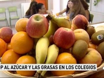 Murcia prohibe vender bollería industrial en los colegios