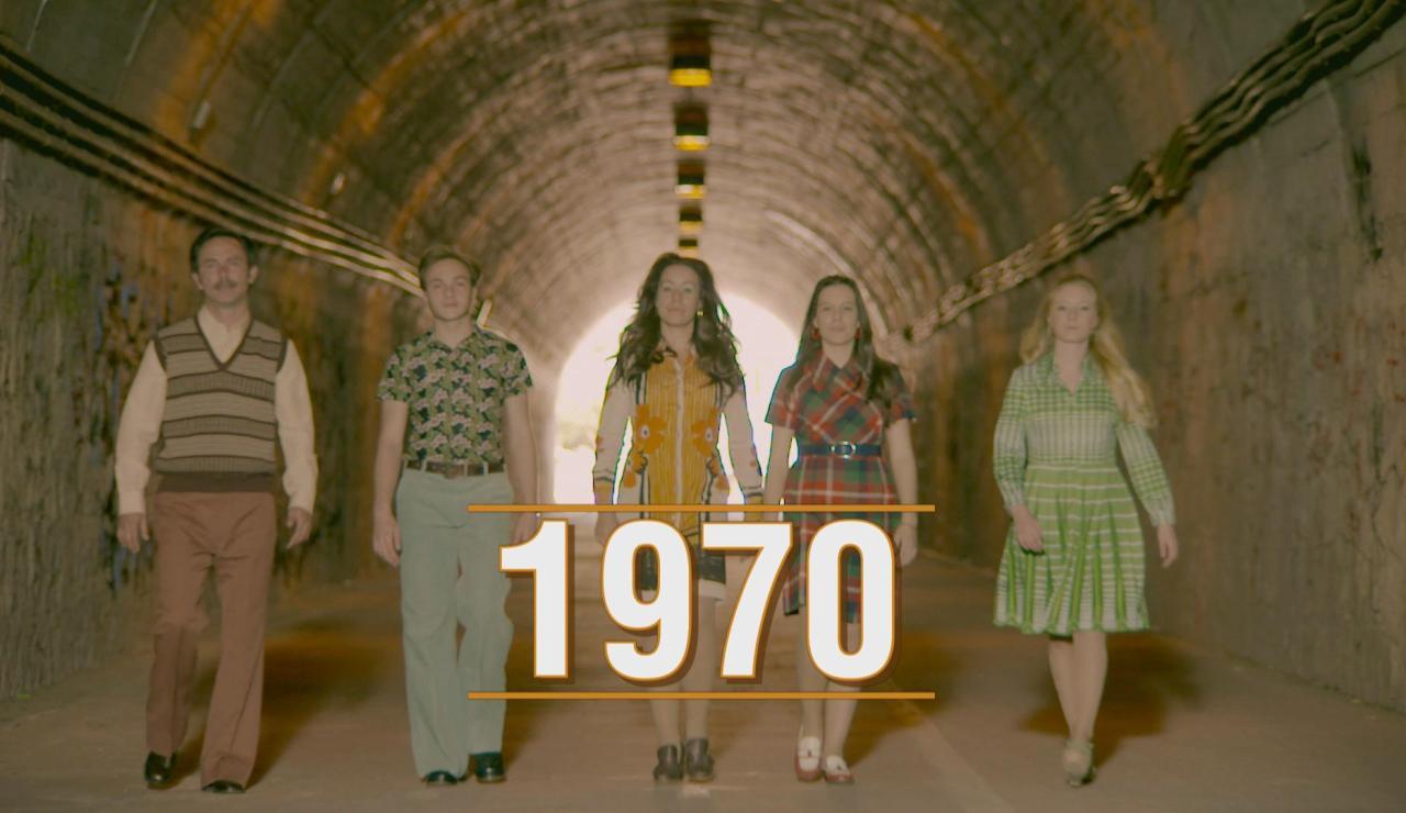 El Citröen 2CV, estampados de infarto y el teléfono invaden a los Vela Cedena en los 70