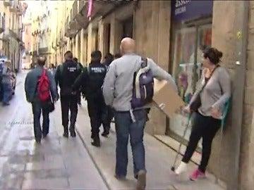 La Guardia Civil registra varias empresas en una operación sobre la concesión de aguas de Girona cuando Puigdemont era alcalde