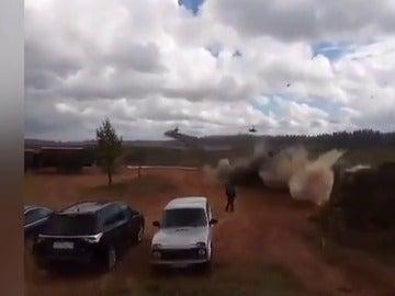 Un helicóptero del ejército ruso dispara por error sobre una zona donde había civiles y periodistas