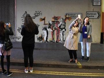 Nuevo mural de Banksy en Londres