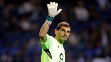 Iker Casillas durante un partido