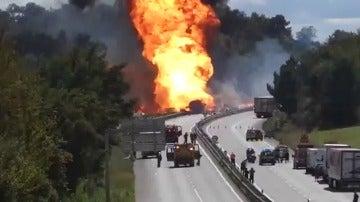 Accidente de un camión de bombonas de butano