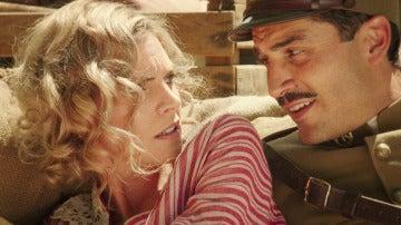 Fidel pone a salvo a Julia, sus miradas se cruzan por primera vez
