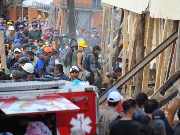Una escuela se derrumbó en el sur de Ciudad de México a causa del terremoto