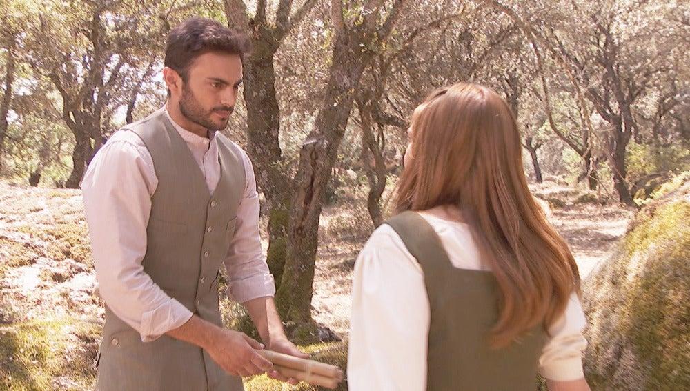 Julieta sorprende a Saúl con la dinamita en las manos