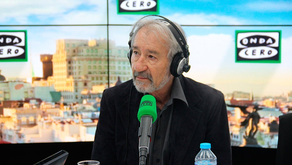 José Sacristán durante una entrevista en Onda Cero