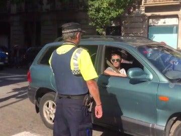Varias calles cortadas en Barcelona por las protestas tras los registros y detenciones de miembros del Govern