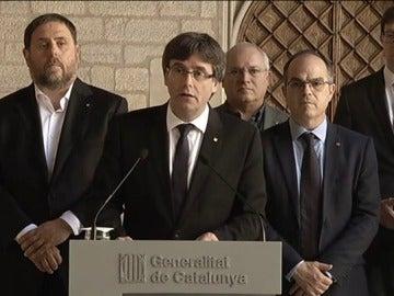 """Puigdemont denuncia que el Estado """"ha suspendido de facto el autogobierno y ha aplicado de facto un estado de excepción"""""""