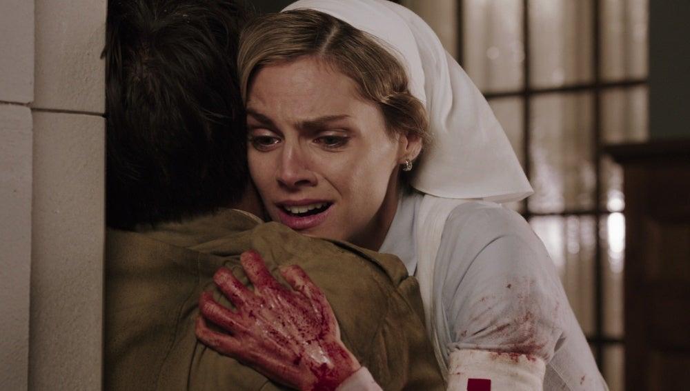 Julia encuentra a su hermano entre los heridos del hospital