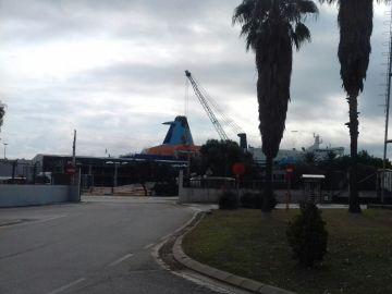 Uno de los barcos que alojarán a la Policía en Barcelona