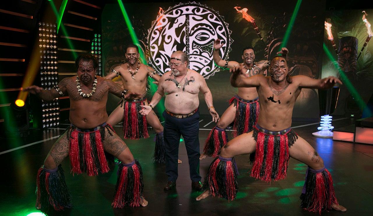 Los colaboradores de 'El Chiringuito' se atreven con 'Hipnotízame'