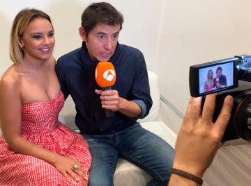 Chenoa y Manel Fuentes presentan la sexta edición de 'Tu cara me suena' en un Facebook Live