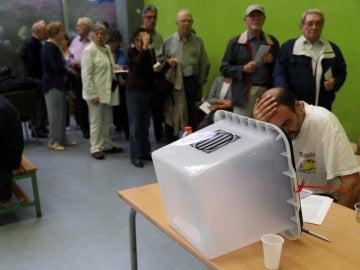 Urnas en el referéndum 1-O