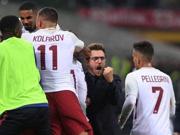 Eusebio di Francesco celebra la victoria de la Roma