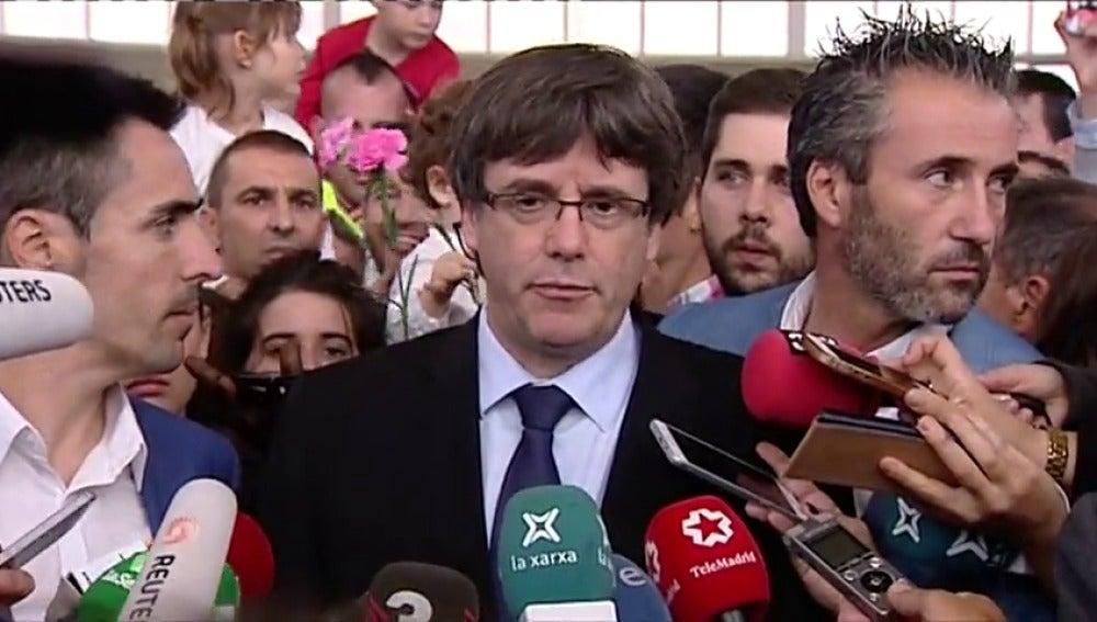 """Puigdemont: """"Es evidente el uso injustificado e irresponsable de la violencia por parte del Estado español"""""""