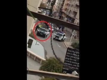 Varios agentes son apedreados en San Carles de La Rapita