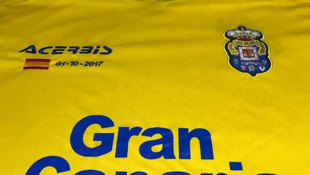 Bandera de España en la camiseta de Las Palmas