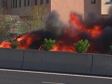 Arde un coche en la Autopista de Tenerife