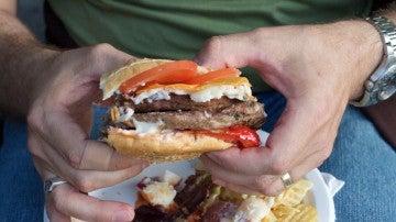 ¿Cómo dejar la comida basura? Hay una solución.