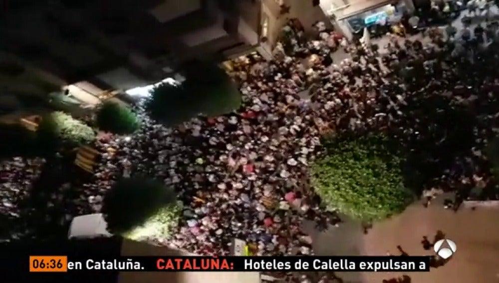 Continúan los insultos y 'escraches' a policías y guardias civiles en diferentes puntos de Cataluña