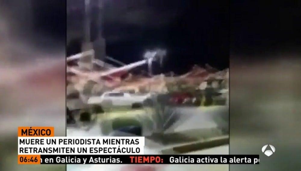 Matan a tiros a un periodista mexicano mientras transmitía un programa en directo