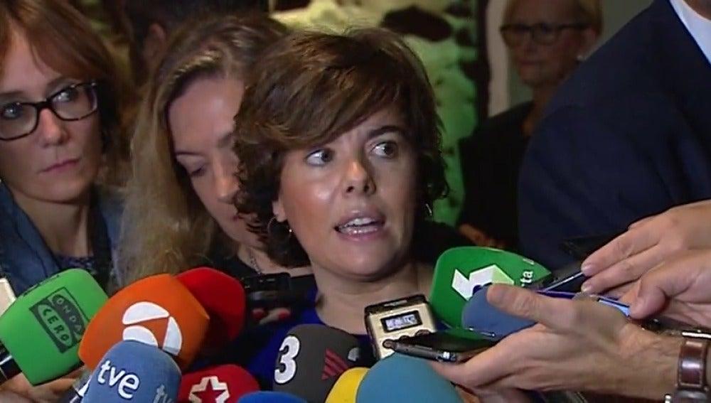 """Santamaría afirma que el Gobierno prepara medidas ante actitudes """"mafiosas"""" para evitar que se siga """"pisoteando"""" la libertad en Cataluña"""
