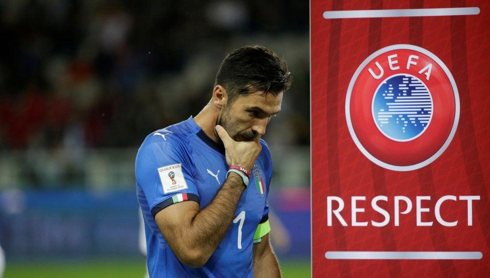Buffon buscará con Italia el pase al Mundial