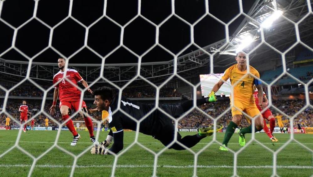 Cahil marca el gol que mete a Australia en la repesca y deja fuera a Siria del Mundial