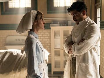 Julia le ruega a Fidel que salve la vida a Andrés