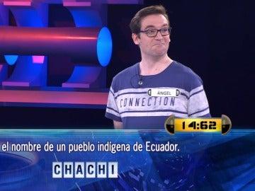 """Ángel resuelve de chiripa el pueblo más """"chachi"""" de Ecuador"""