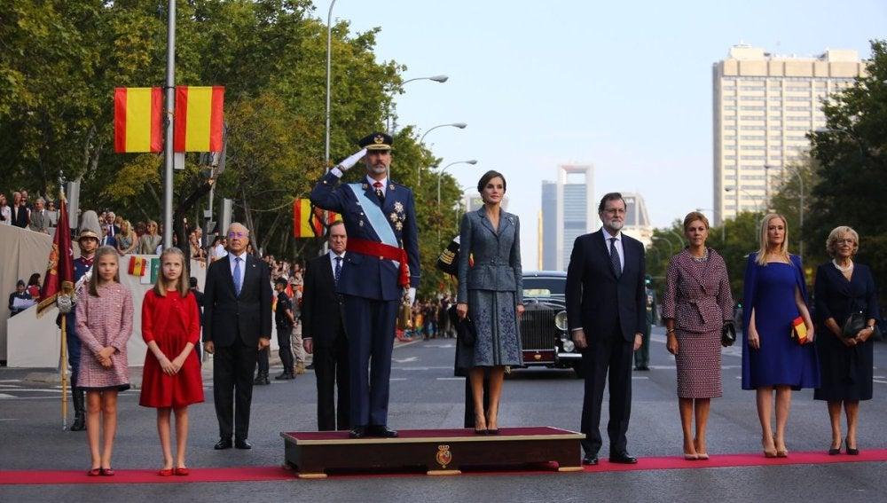 Los Reyes en el Desfile de la Fiesta Nacional