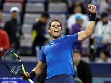 Rafa Nadal celebra con orgullo una victoria en el Masters de Shanghái