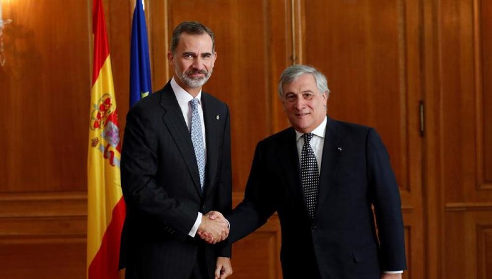 El Rey Felipe VI con Antonio Tajani