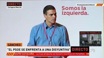 """Pedro Sánchez: """"El PSOE opta por proteger la Constitución frente a la disyuntiva de dar la espalda a España"""""""