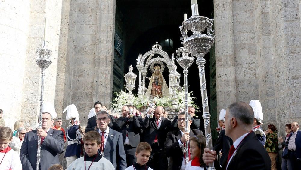 Procesión conmemorativa del Centenario de la Coronación Canónica de la Virgen de San Lorenzo