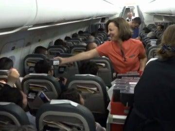 Así preparó Samsung el regalo de 200 móviles en un vuelo de Iberia