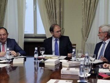 El Senado ofrece a Puigdemont debatir con el Gobierno en la tramitación del 155
