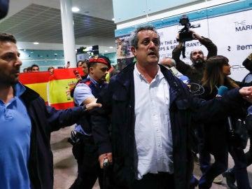 Joaquim Forn a su llegada al Aeropuerto de El Prat