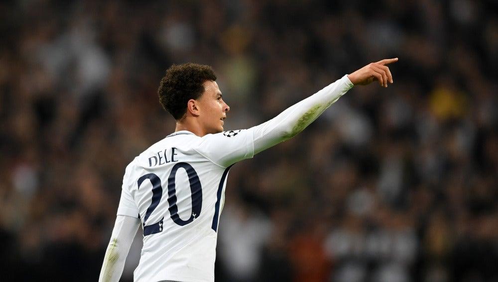 Dele Alli celebra uno de sus goles al Real Madrid